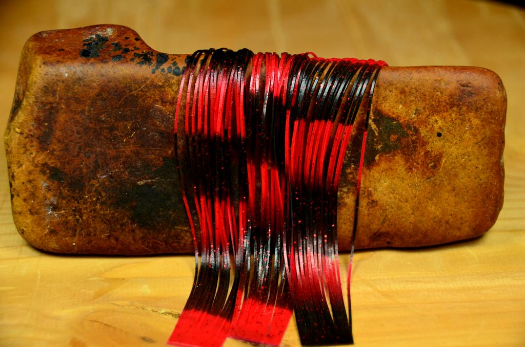 specialty legz black red red metal flake